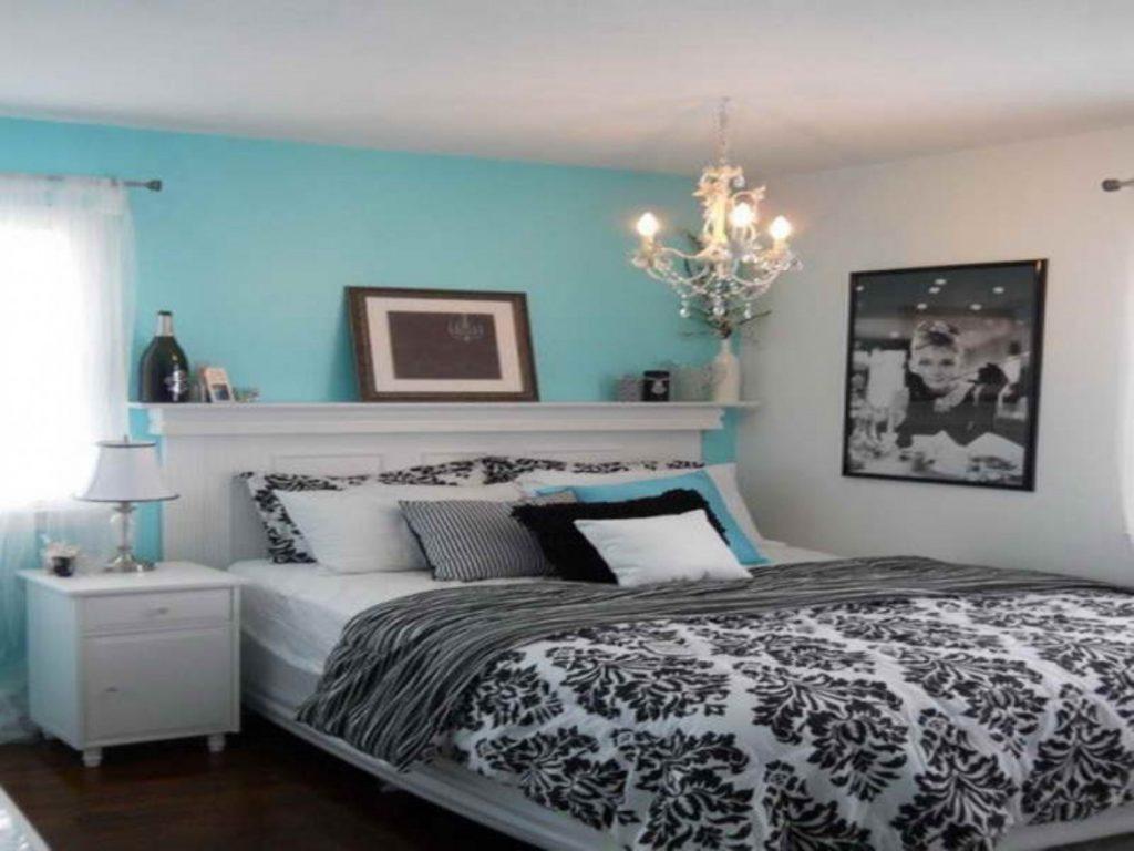 افكار-تصاميم-غرف-نوم-شباب-باللون-الازرق-والرمادي- (9)