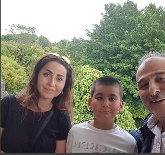 جمال-مع-زوجته