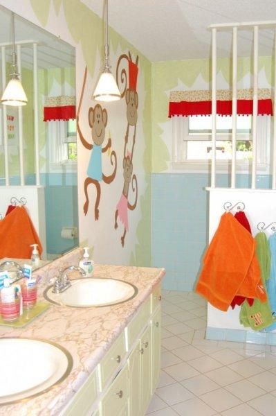 ورق-حائط-لحمام-الاطفال