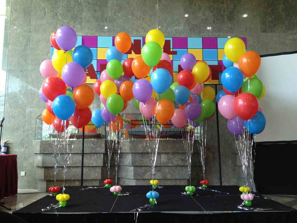 Helium-Balloons-Decor