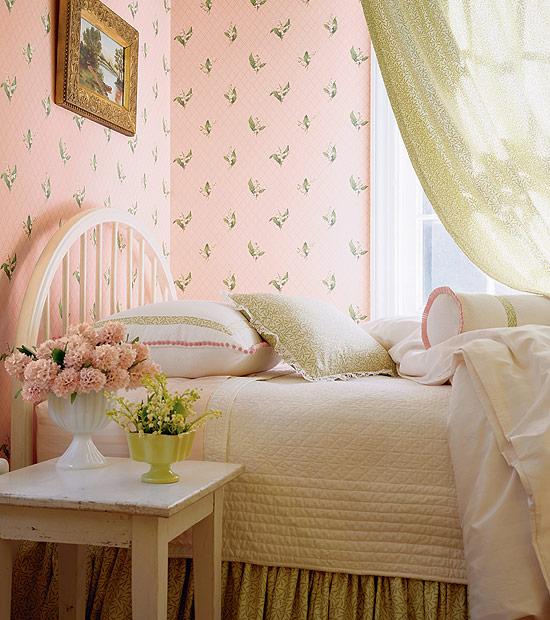 افكار-ديكورات-غرف-نوم-بنات-من-ورق-الحائط- (19)