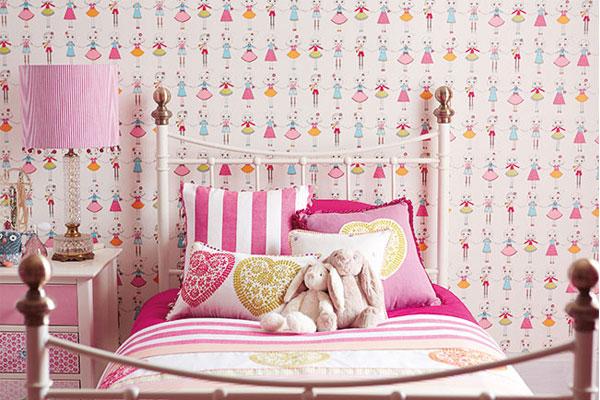 افكار-ديكورات-غرف-نوم-بنات-من-ورق-الحائط- (21)
