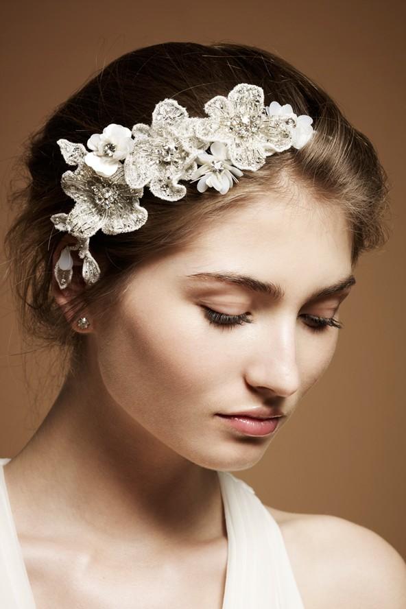 اكسسوار-شعر-بسيط-للعروس