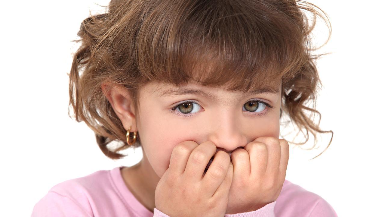 سفر الاب وتأثير ذلك على الحالة النفسية للاطفال