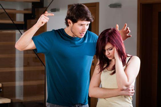طرق تعامل الزوجة مع الزوج العنيف