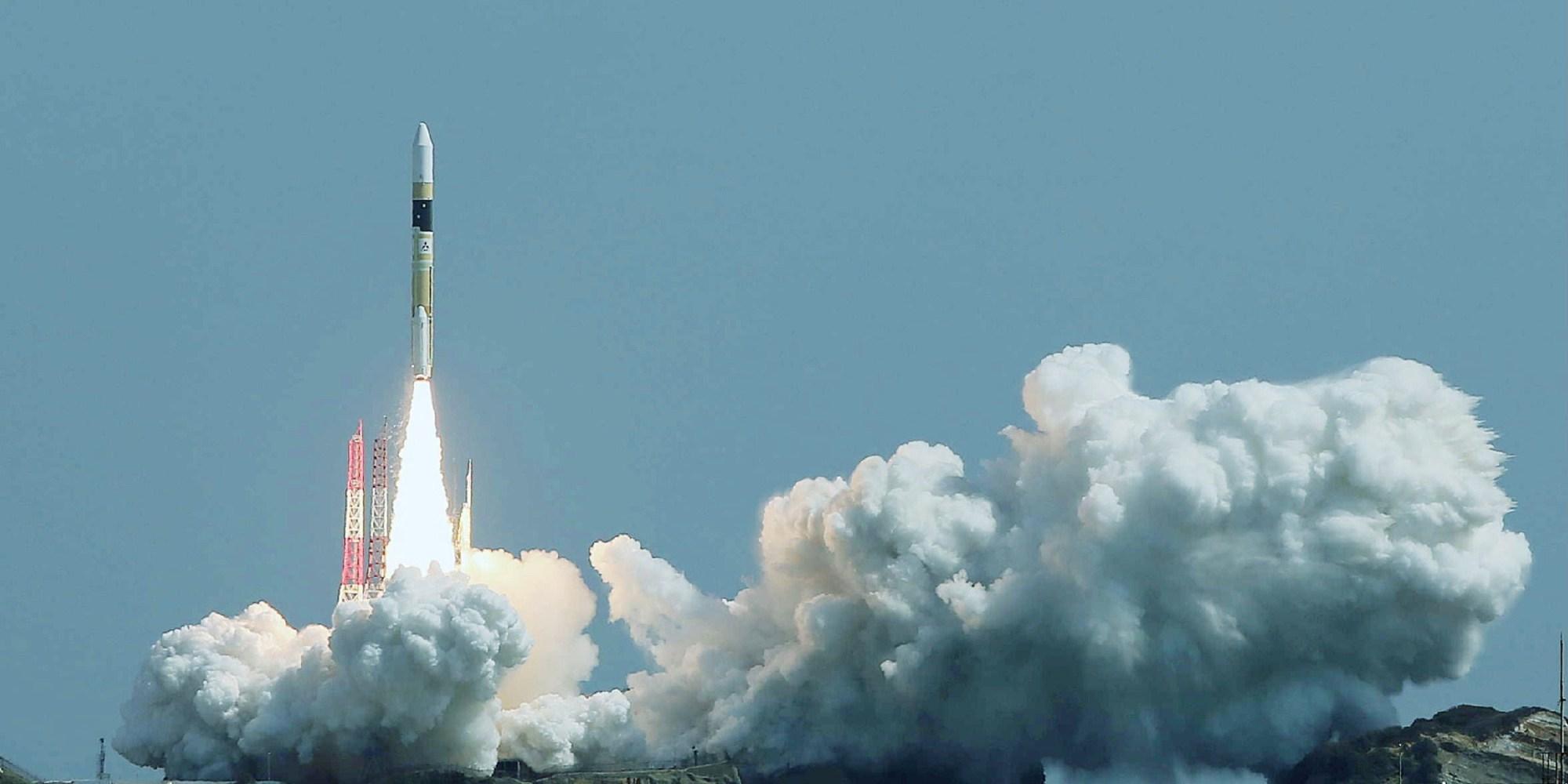 تاريخ اطلاق القمر الصناعي كوزموس -1402
