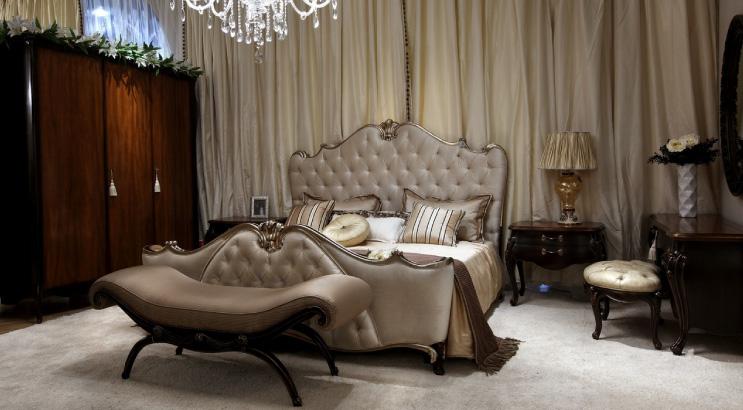 ديكورات-غرف-نوم-بتصاميم-ايطالية-كلاسيكية-فخمة- (10)
