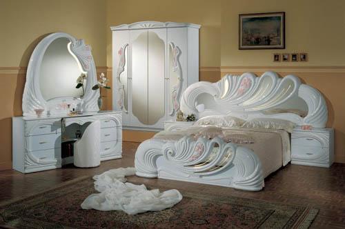 ديكورات-غرف-نوم-بتصاميم-ايطالية-كلاسيكية-فخمة- (4)