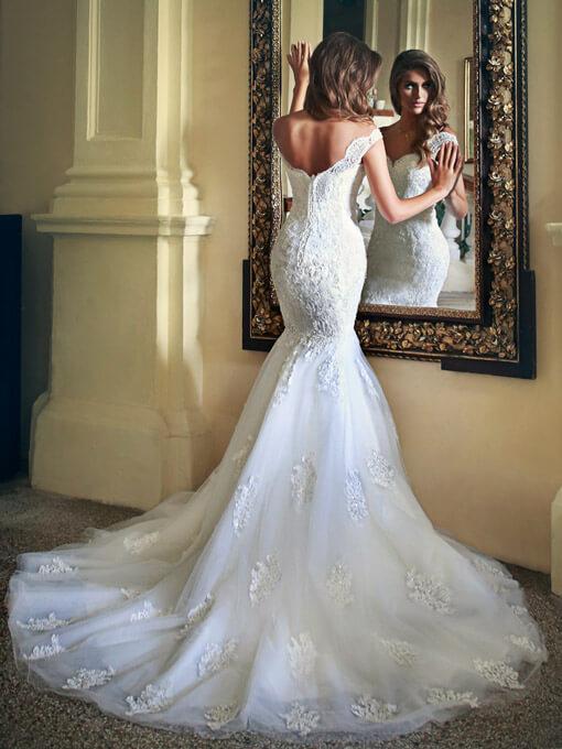 فساتين-زفاف-ملكية