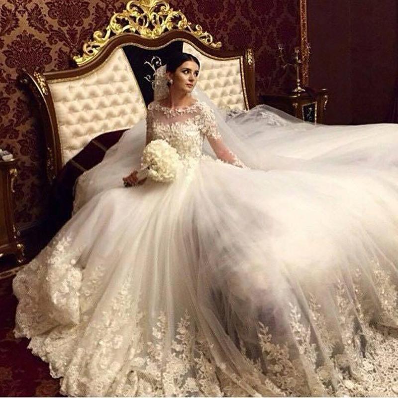 فستان-زفاف-ملكي-للخريف