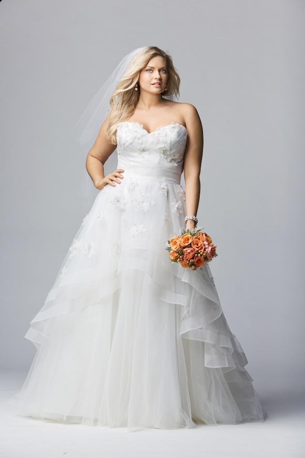 فستان زفاف يخفي البطن البارزة