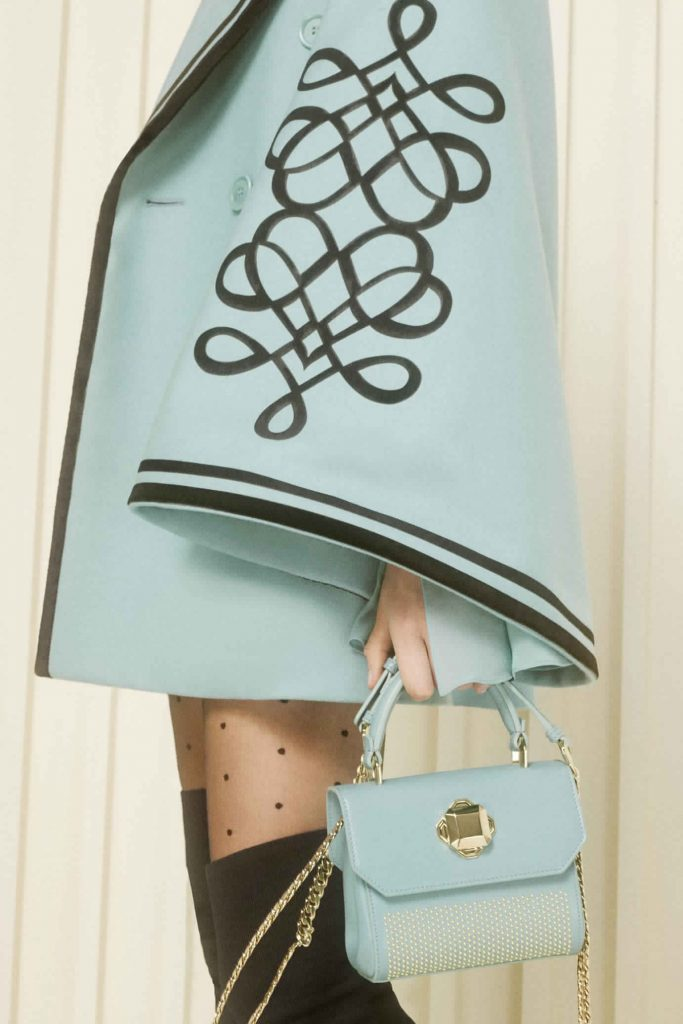 8a8a26850 احدث تشكيلة حقائب يد من تصميم إيلي صعب موضة خريف 2017 - مشاهير