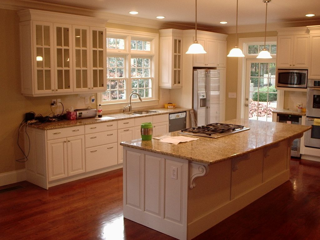 wooden classic Kitchen-Cabinet-Designs with marble