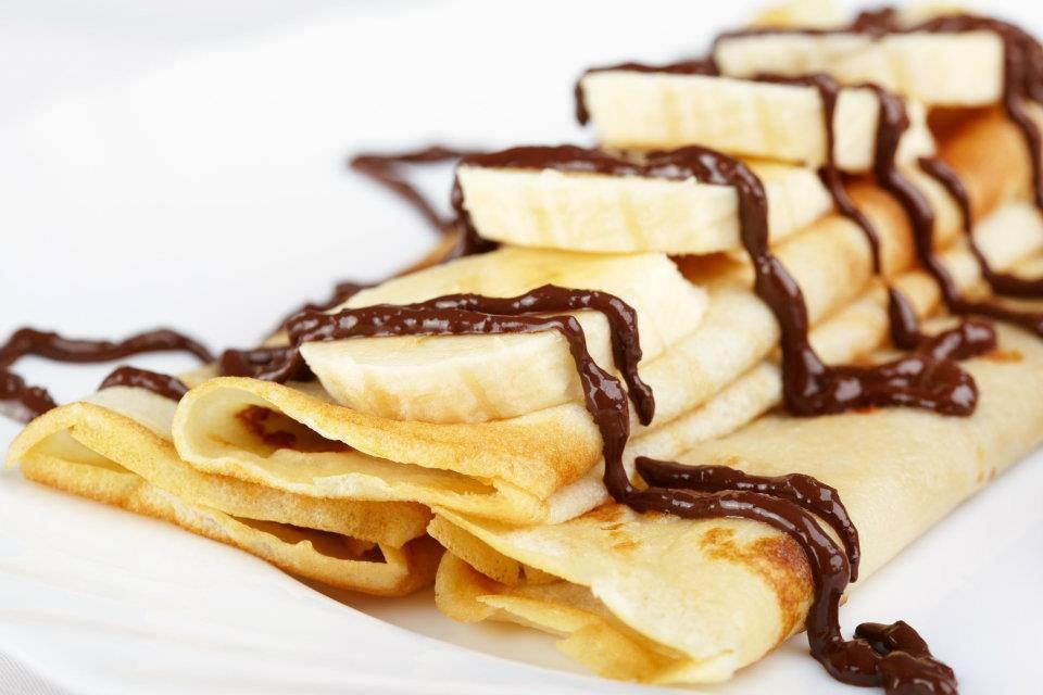 طريقة تحضير الكريب الحلو مع الموز