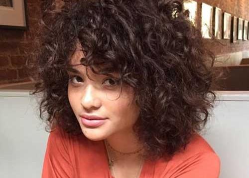 تسريحات-شعر-قصير-مجعد (1)