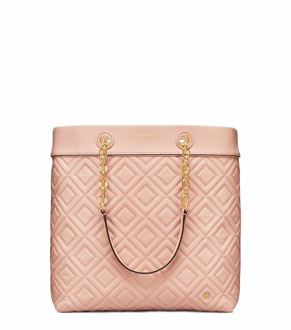 حقيبة-باللون-الوردي