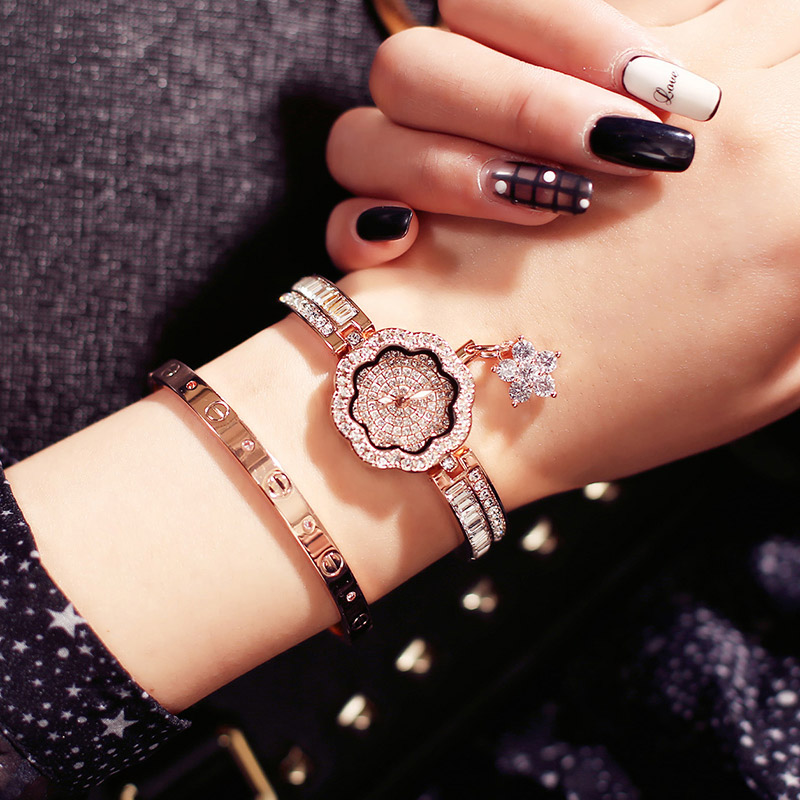 ساعة-يد