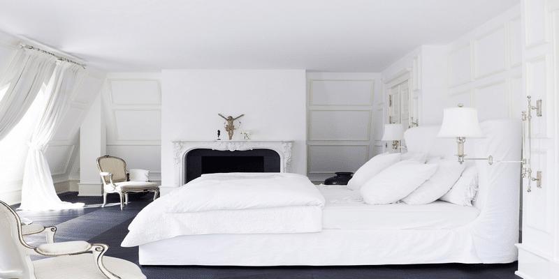 غرف-نوم-كلاسيك-لون-ابيض- (1)