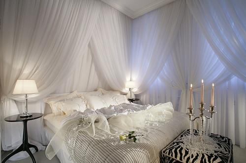 غرف-نوم-كلاسيك-لون-ابيض- (20)