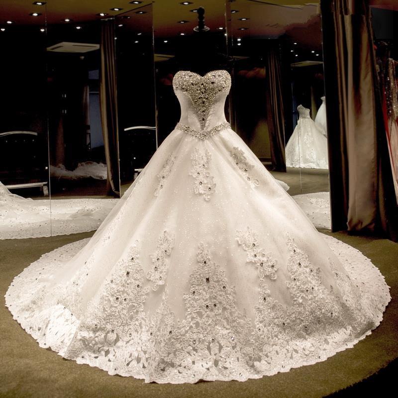 فستان-زفاف-اسطوري