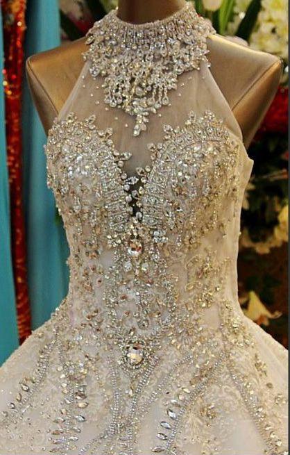 فستان-مطرز-للزفاف