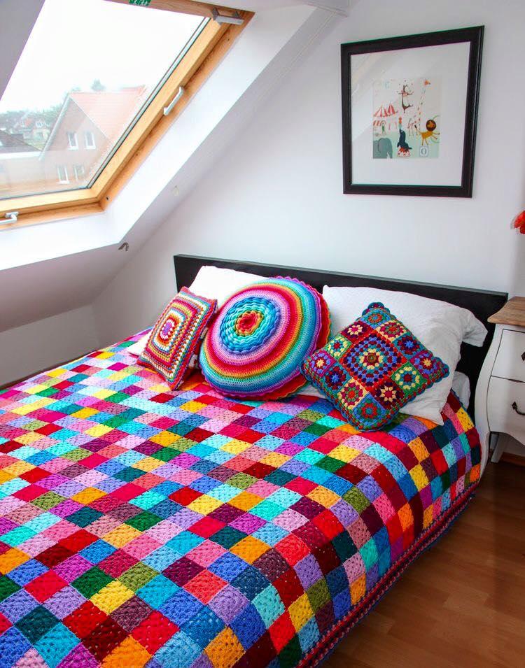 مفارش-السرير-الكروشيه-للعرايس- (1)