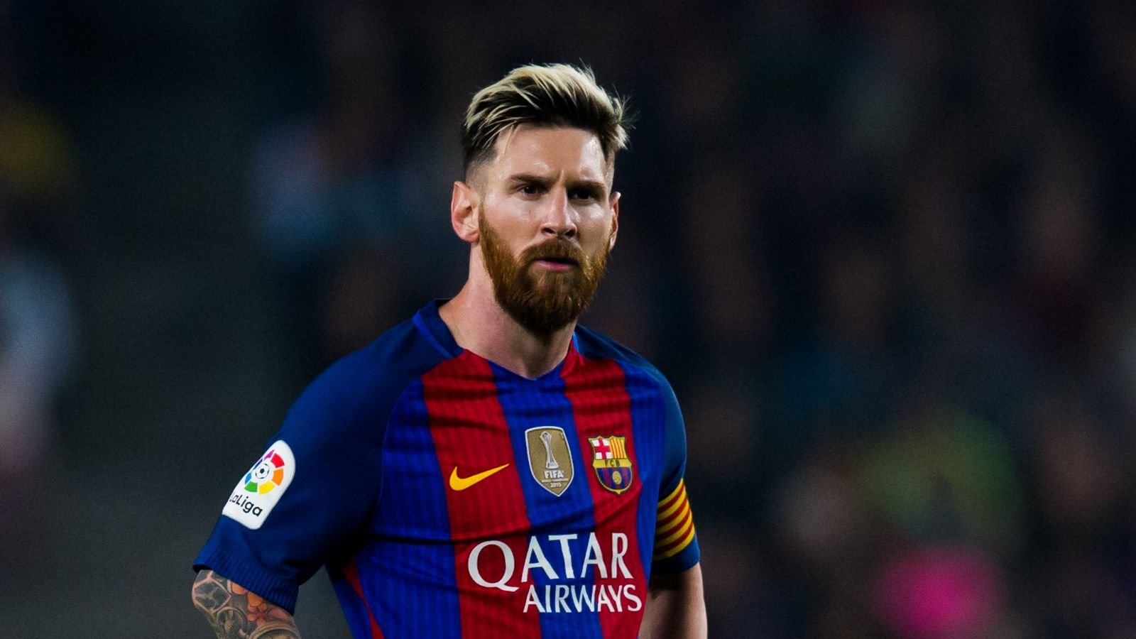 لاعب نادي برشلونة الشهير