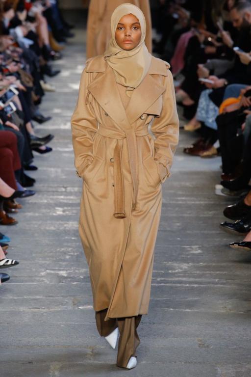 المعطف-الكاميل-في-اطلالة-حليمة-عدن