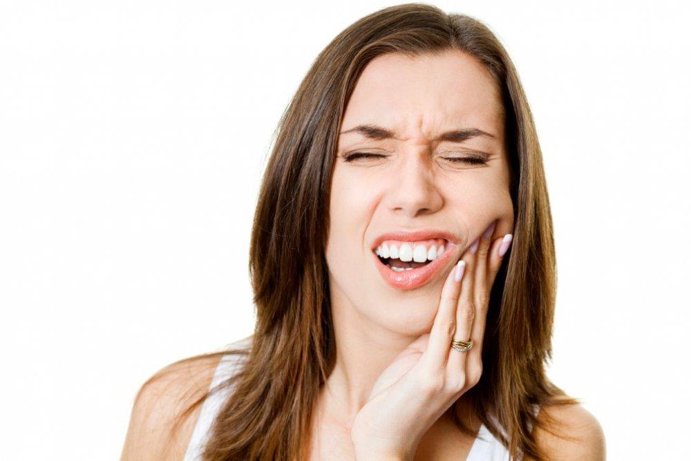 تسوس الاسنان تسبب الألم