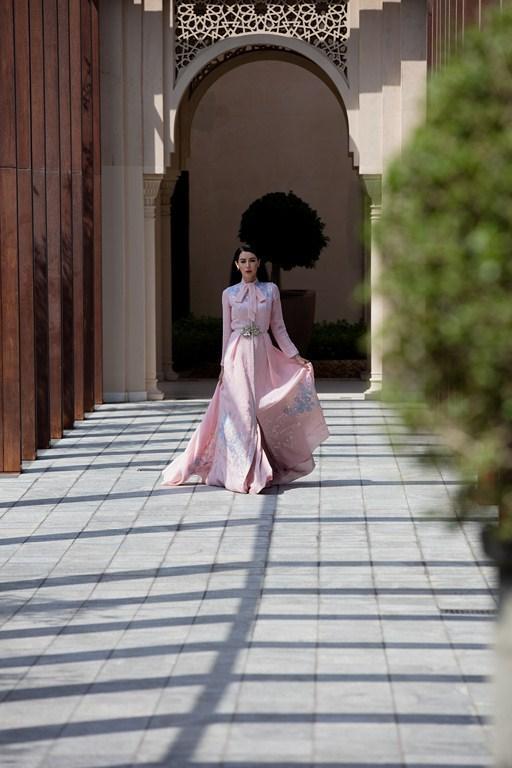 تصميم-القفطان-المغربي