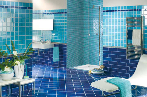 حمام-باللون-الازرق-بالدرجات-المختلفة