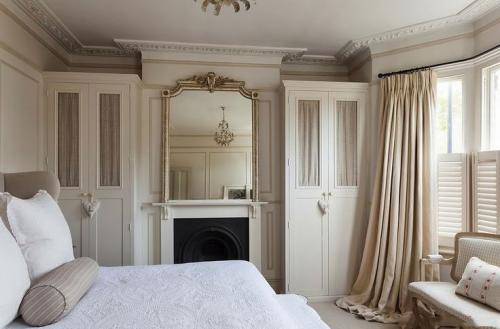 دولاب-غرفة-نوم-كلاسيكية