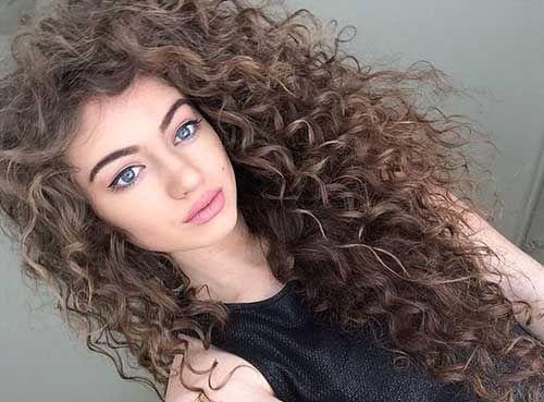 شعر-مجعد-طويل