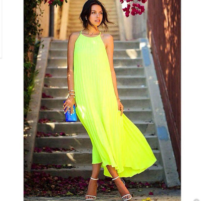 فستان-اصفر-ملفت