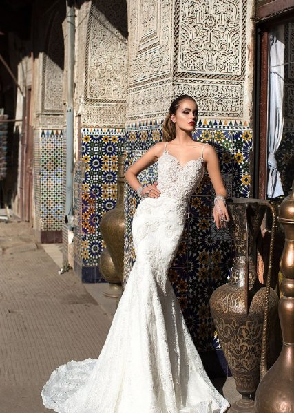 فستان-العروس-الممشوقة