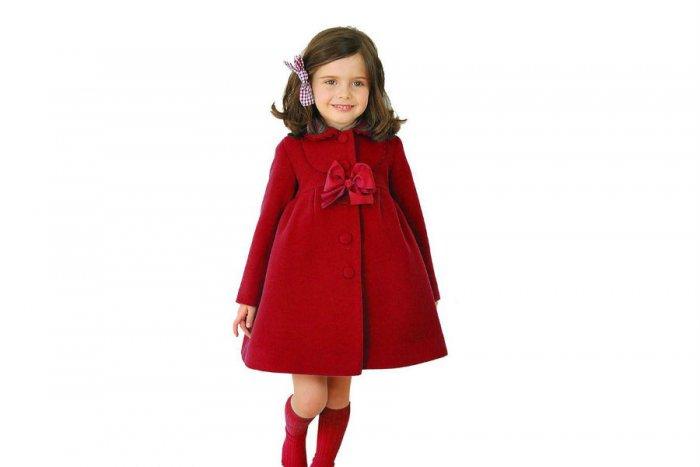 فستان-باللون-الاحمر-الكلاسيكي