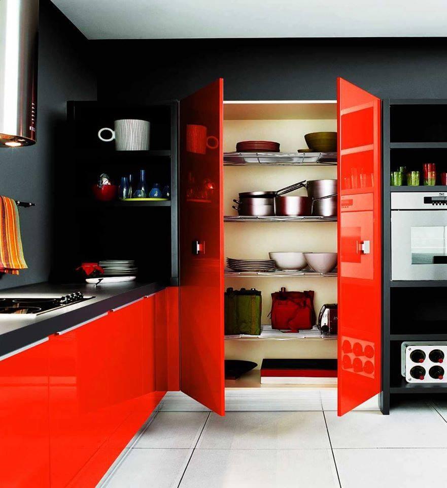 مطبخ-باللون-الاحمر-والاسود-بالدرجات-الفاتحة