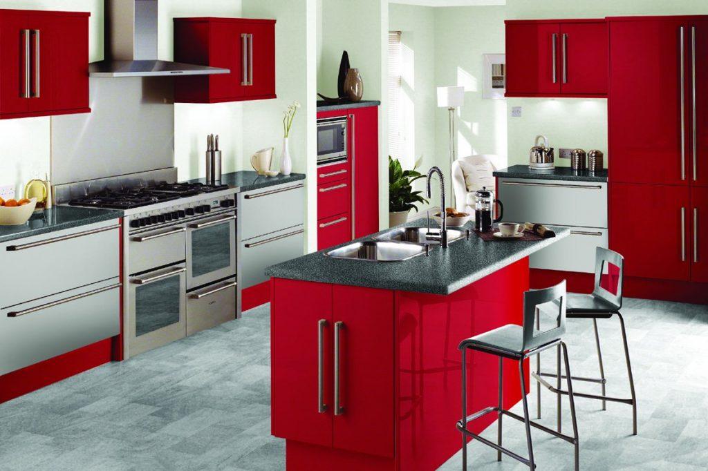 مطبخ-باللون-الاحمر