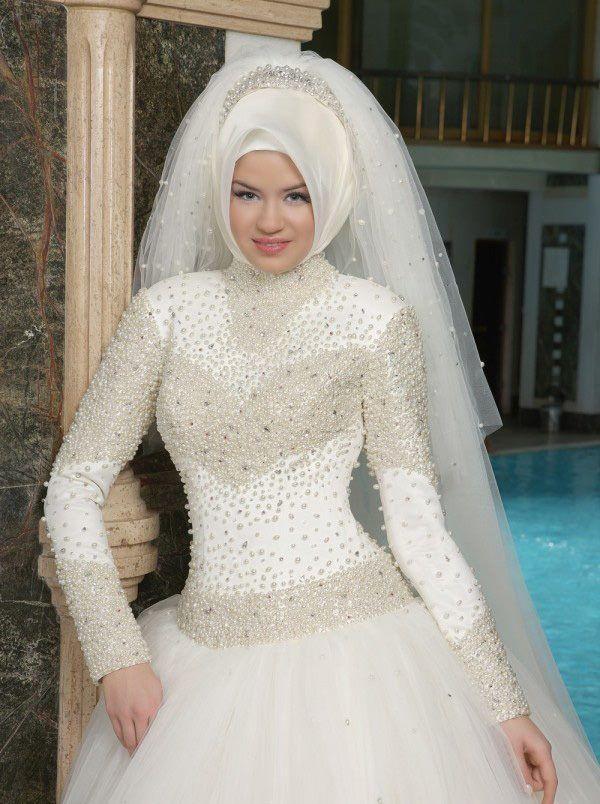 إطلالة-عروس-محجبة