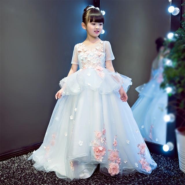 8c767d277c48f فساتين اطفال لحفلات الزفاف - مشاهير