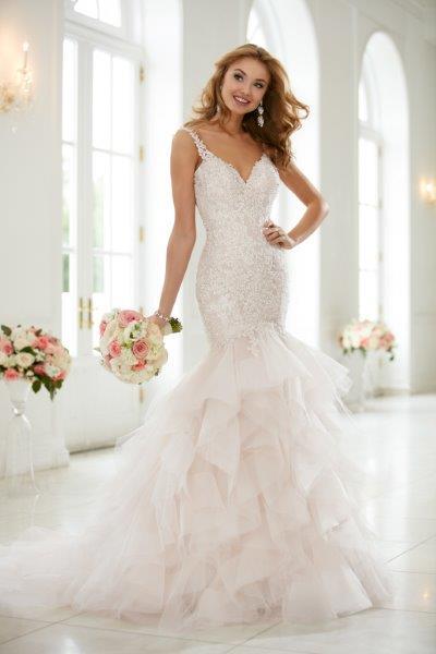 فستان-ذيل-سمكة-طبقات