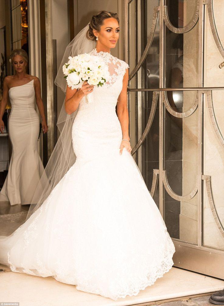 فستان-ذيل-سمكة-للعروس