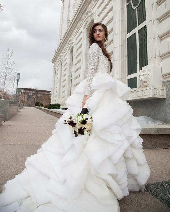 فستان-ذيل-طويل-للعرائس