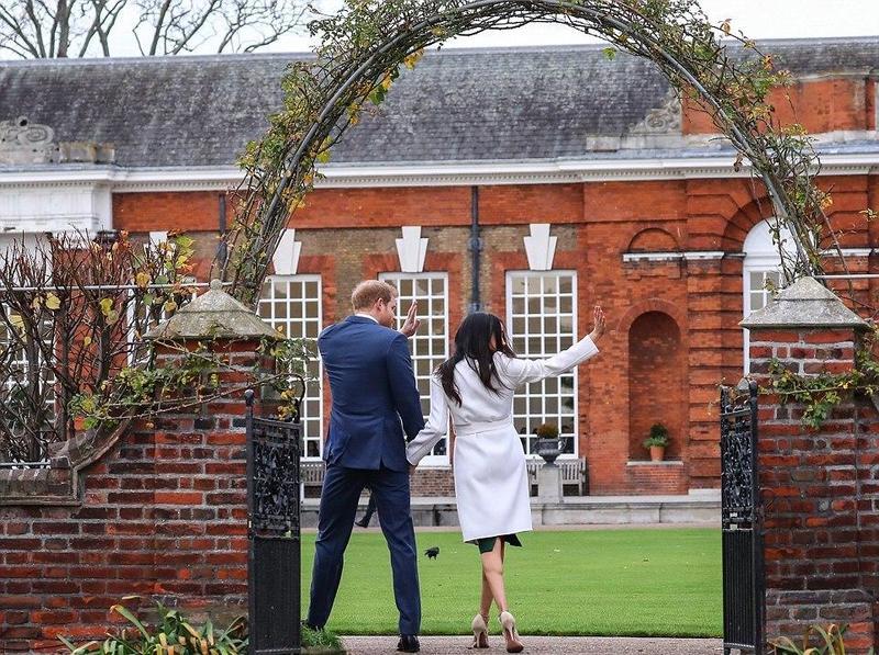 الأمير-وخطيبته