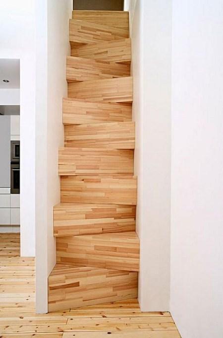 سلم-خشبي-مستقيم