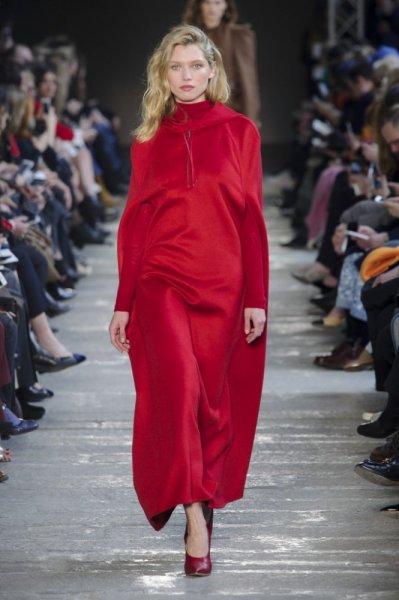 فستان-مخمل-من-ماكس-مارا