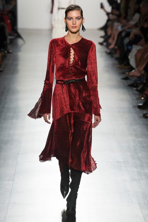 فستان-مخمل-من-prabal-gurung