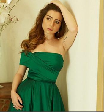 فستان-مي-من-مرمر-حليم