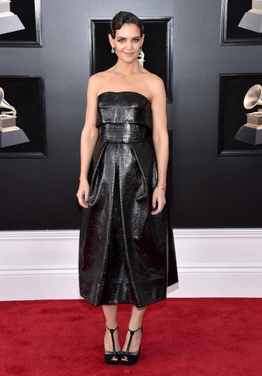 8fbf70fcd9ee2 فساتين النجمات في حفل Grammy Awards 2018 - مشاهير