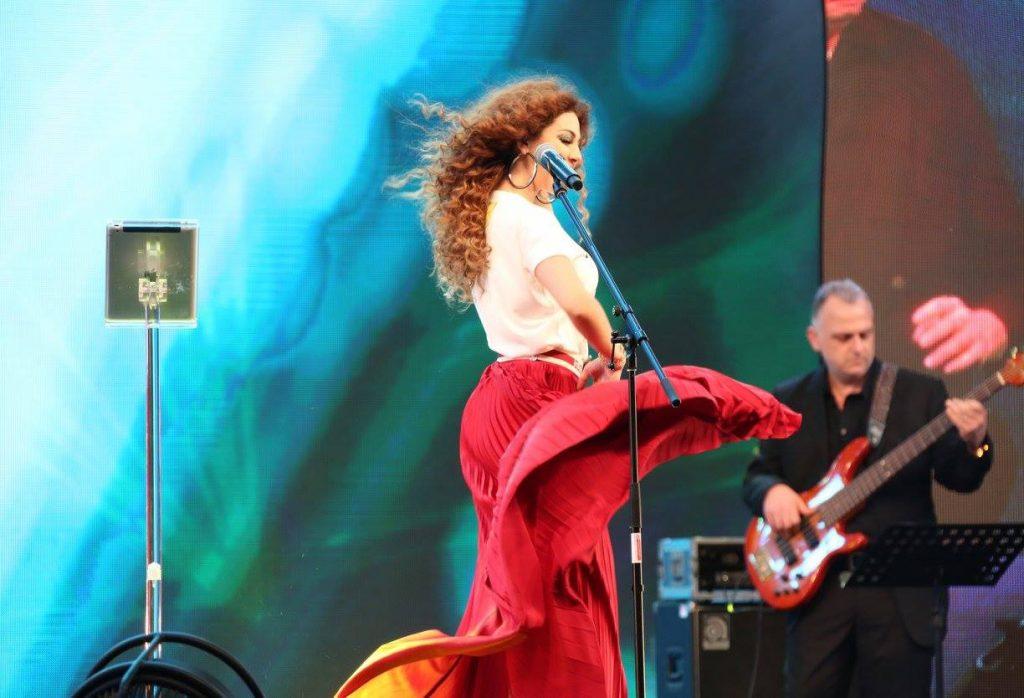 مريام-ترقص